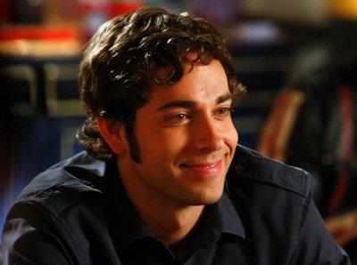 'The Event', 'Outsourced' y 'Ley y Orden: LA' consiguen temporada completa, 'Chuck' podría ser la siguiente