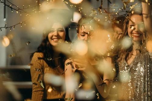 Hasta un 50% en moda y accesorios de fiesta para estas Navidades en ASOS