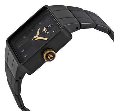 Relojes Quatro de Nixon, la función es el estilo