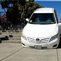 Un conductor de Uber se queda atascado en unas escaleras y culpa a los propios mapas de Uber