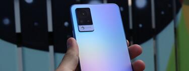 Vivo V21 5G, primeras impresiones: un smartphone que quiere ser el rey de los selfies sin renunciar a lo demás