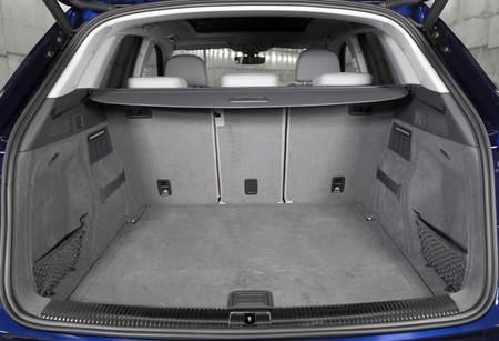Audi Q5 maletero