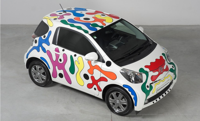 Toyota iQ Urban Art by Joana Vasconcelos