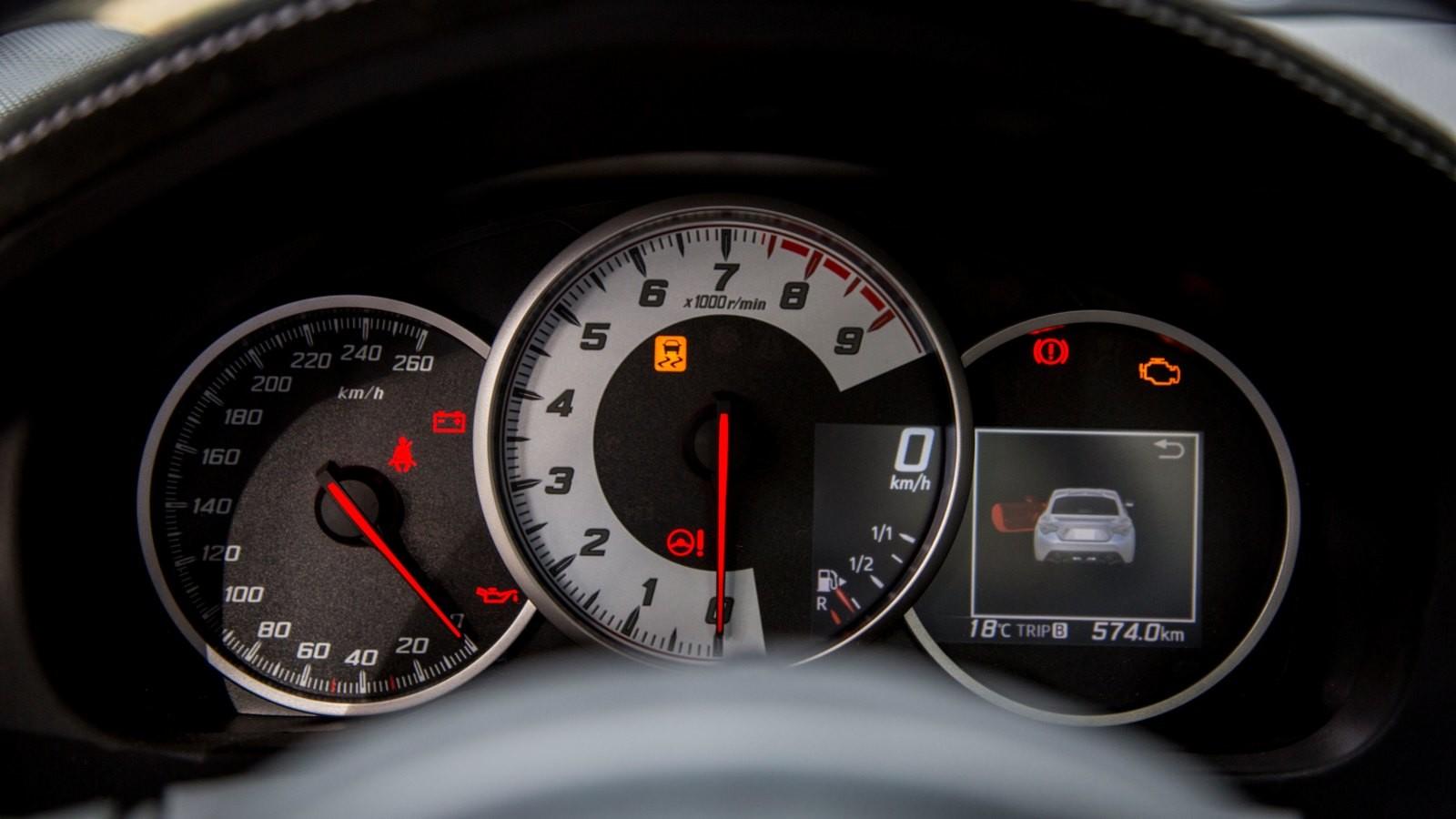 Foto de Toyota GT86 - Fotos interiores (25/28)
