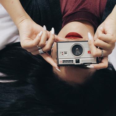 Siete apps de móvil para que tus fotos y vídeos parezcan sacados de una cámara retro