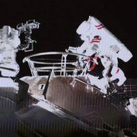 Los astronautas chinos realizan su primera caminata espacial desde la Tianhe, su propia estación espacial