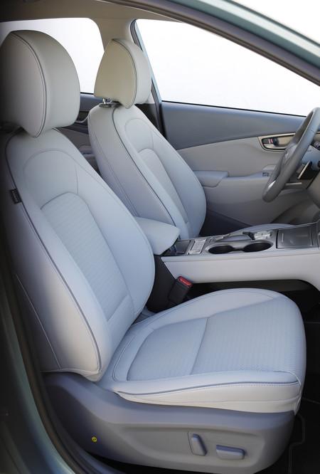 Hyundai Kona eléctrico asientos