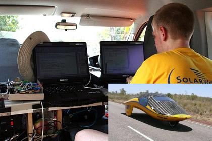 Portátil Maxdata Pro 5500IR en los coches de la carrera solar más dura