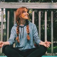 Las fotos de esta joven con acné se han vuelto virales en Instagram por el mensaje body positive y de autoestima que transmiten