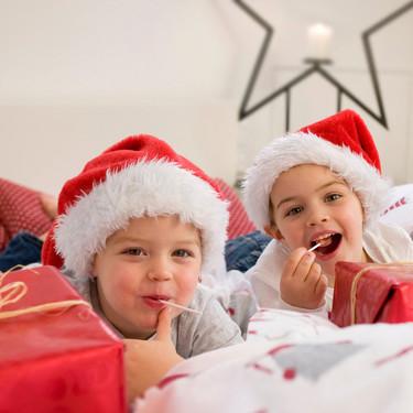 Síndrome del niño hiperregalado: regalar demasiados juguetes resta ilusión a la Navidad