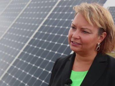 Lisa Jackson, VP de medio ambiente en Apple, pasa a encargarse también de políticas y educación