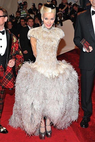 Las fashionistas eligieron Alexander McQueen en la Gala del Met