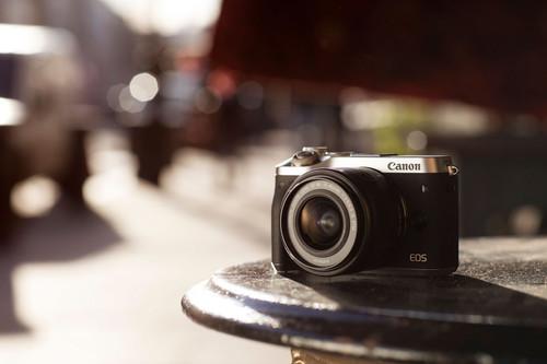 Canon EOS M6, Olympus E‑M10 Mark III, Nikon D750 y más cámaras, objetivos y accesorios en oferta: Llega Cazando Gangas