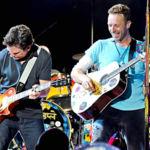 Michael J. Fox y Coldplay recrean una escena de 'Regreso al Futuro', la imagen de la semana