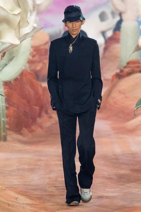 Dior Men Summer 2022 Runway Looks 8
