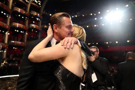 Oscars 2016 | Leonardo DiCaprio puso fin a su mala racha y así reaccionó Internet
