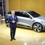 Renault comienza a notar el 'efecto De Meo' y sale poco a poco de los números rojos