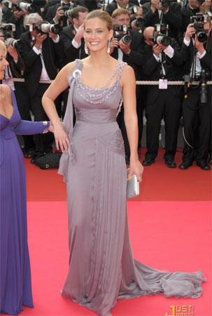 Los estilos de Bar Rafaeli en Cannes