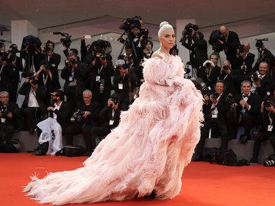 Ha nacido una estrella (del estilo): comparamos el antes y ahora de Lady Gaga