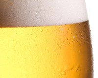 Brinda con cerveza para desencadenar dopamina
