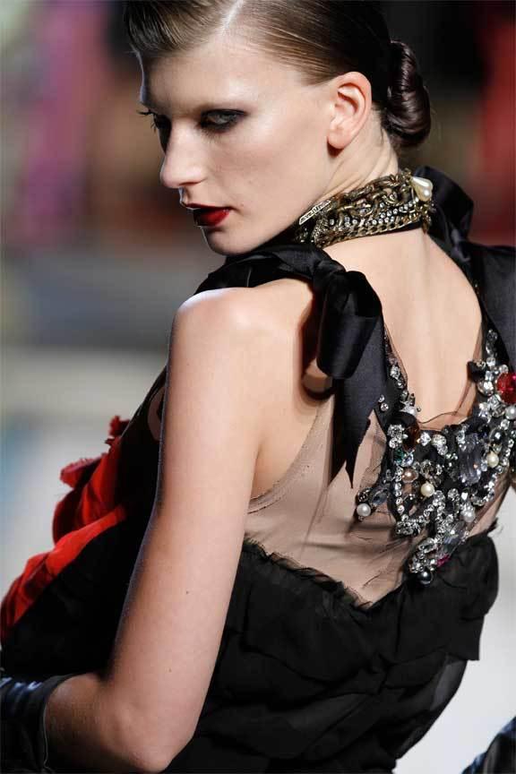 Foto de Lanvin y H&M, colección Alta Costura en un desfile perfecto: los mejores vestidos de fiesta (21/31)