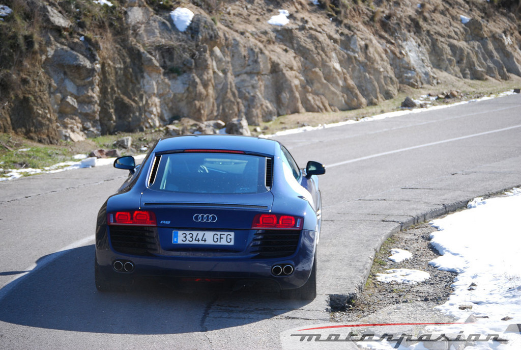 Foto de Audi R8 4.2 FSI R tronic (prueba) (37/50)