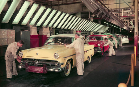 1954 Ford Dearborn Assembly Plant Final Line