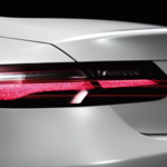 El nuevo Mercedes-Benz Clase E Coupé ya juega entre las sombras, en video