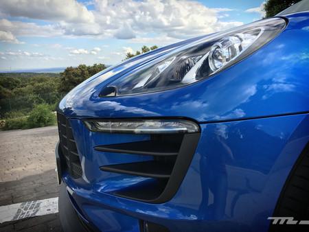 Porsche Macan luces delanteras