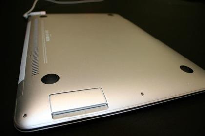 Cambiar la batería del MacBook Air es cuestión de minutos