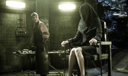 eli-roth-hostel-torture-porn.jpg