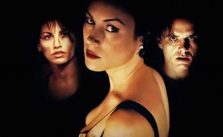 'Lazos ardientes': el debut de las Wachowski es un thriller erótico con atraco perfecto capaz de rebasar todas las expectativas