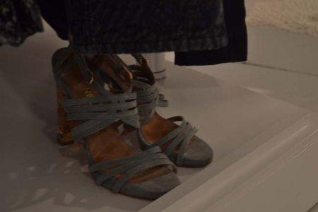 Gris sandalia Chanel colección Primavera-Verano 2012
