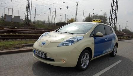 Un taxi eléctrico puede ahorrar unos 5.000 euros al año