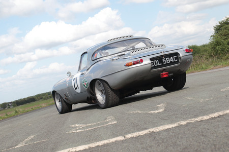 El Jaguar E-Type 1965 de Stirling Moss, a subasta