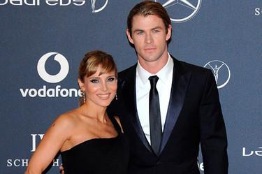 O Elsa Pataky nos está mintiendo o Chris Hemsworth se entera de la misa a la media