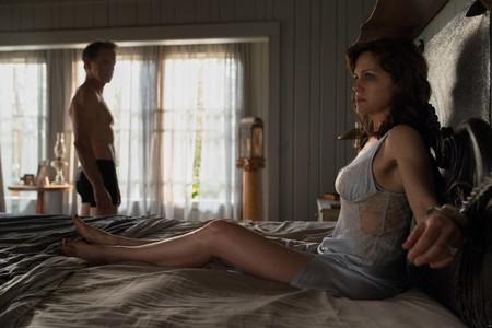 La claustrofóbica 'El juego de Gerald' ya tiene trailer: Stephen King aterriza en Netflix