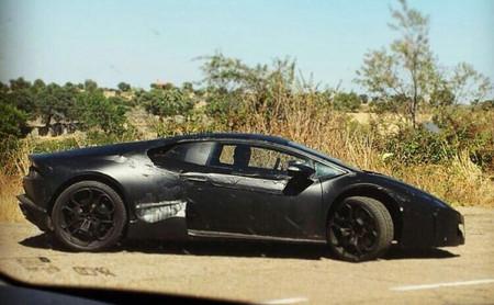 Avistamiento: Lamborghini Cabrera dándose un garbeo por Extremadura