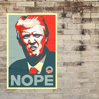 """Donald Trump amenaza con cerrar las redes sociales después de que Twitter marcara sus tweets como """"potencialmente engañosos"""""""