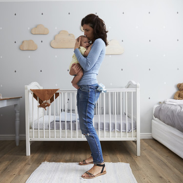 """""""Me arrepiento de haber dejado de trabajar al convertirme en madre"""": nueve sinceros testimonios de mujeres"""