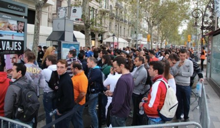 iphone 5 lanzamiento Apple Store Barcelona Paseo de Gracia cola