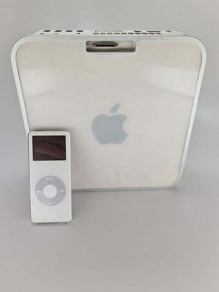 Mac mini con conector de 30 pines para iPod
