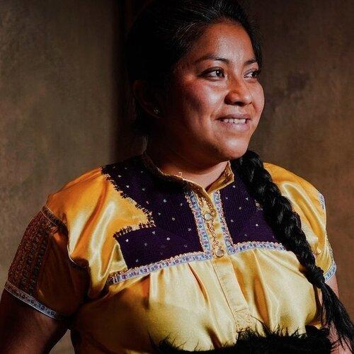 La cocinera tradicional chiapaneca Claudia Albertina Ruíz, dentro de la lista 50 Next que reconoce a los próximos líderes gastronómicos