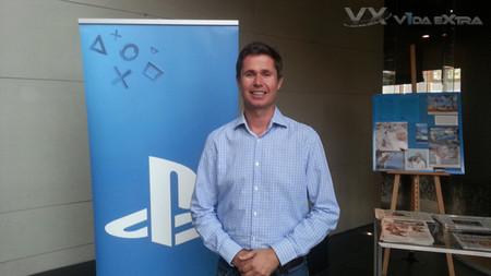 """Si existe demanda de PS4 + PS Vita valoraremos un pack"". Entrevista a Michael Denny de Sony WWS Europe"