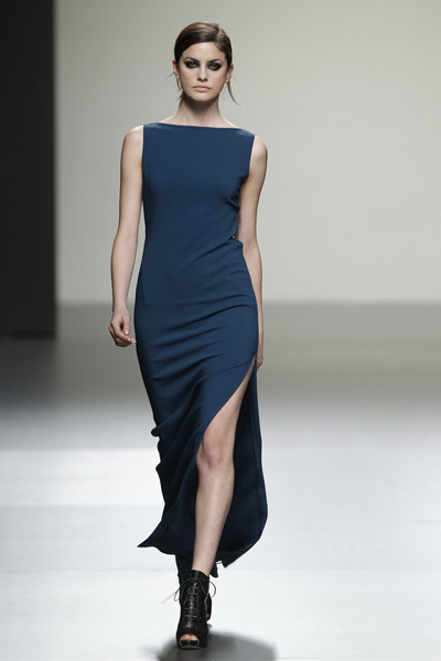 Foto de Ángel Schlesser en la Cibeles Madrid Fashion Week Otoño-Invierno 2011/2012 (8/10)