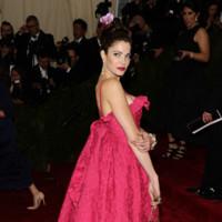 Stephanie Seymour de Balenciaga Gala MET 2014