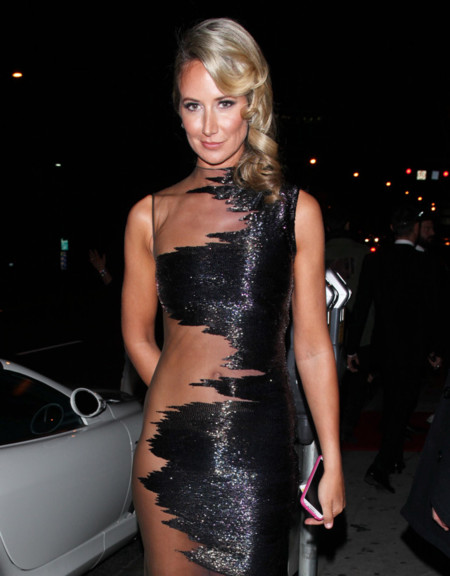 ¿Demasiado atrevimiento? Las transparencias de Lady Victoria Hervey en la <em>after party</em> de los Globos de Oro