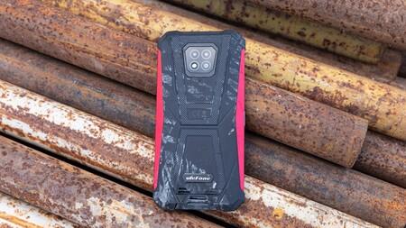 ¿Un móvil rugerizado como primera opción? 5 especificaciones interesantes no solo aptas para profesionales