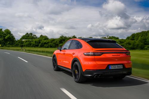 Probamos el Porsche Cayenne Coupé: un SUV potente y dinámico, ahora con una imagen más deportiva e interesante