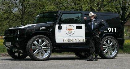 Un Hummer tuneado para la policía